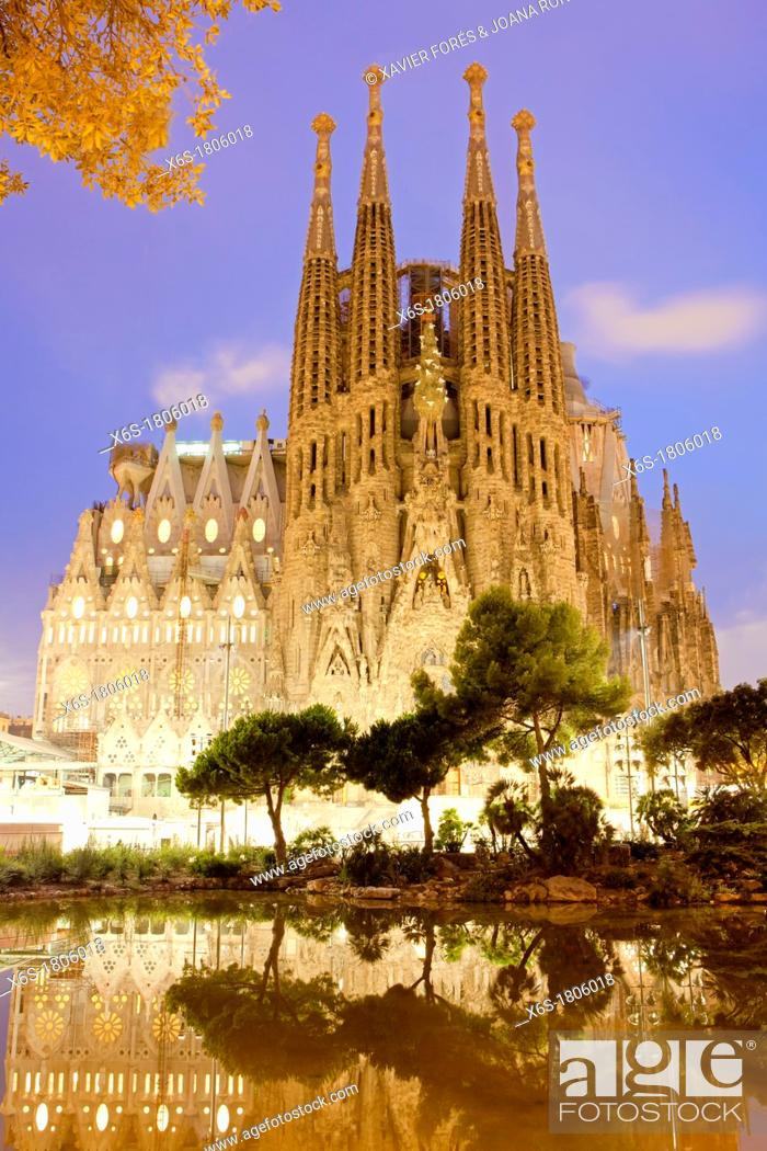 Stock Photo: Sagrada Familia temple from Antonio Gaudi, Barcelona, Spain.