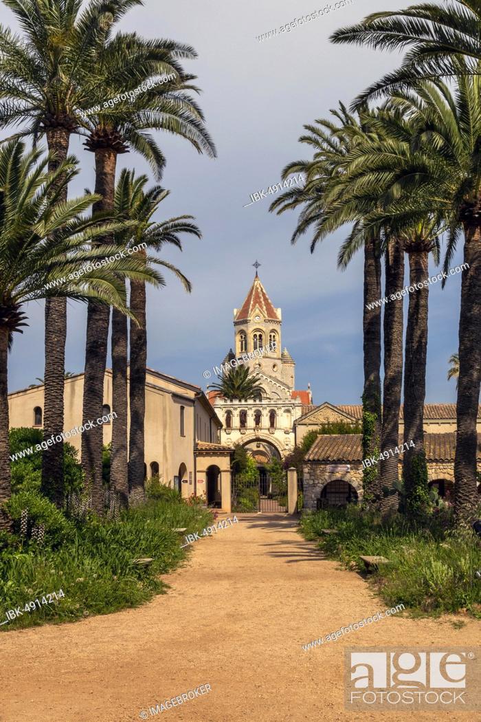 Stock Photo: Abbaye de Lerins Monastery, Saint-Honorat Island, Cote d'Azur, France, Europe.