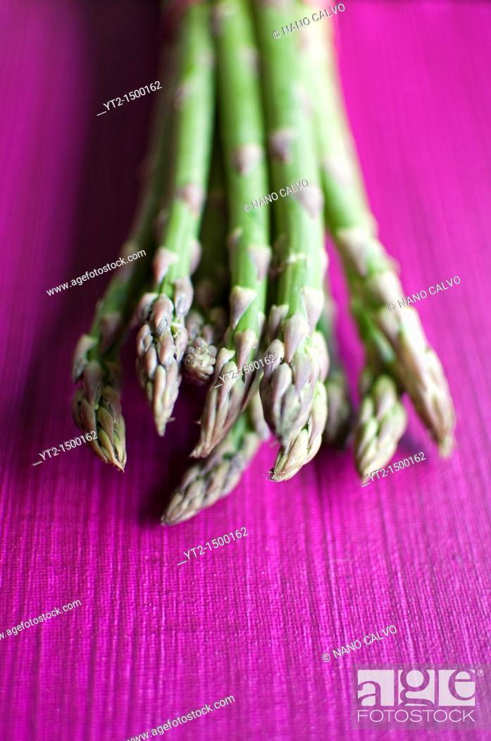 Stock Photo: Still Food: Green Asparagus.