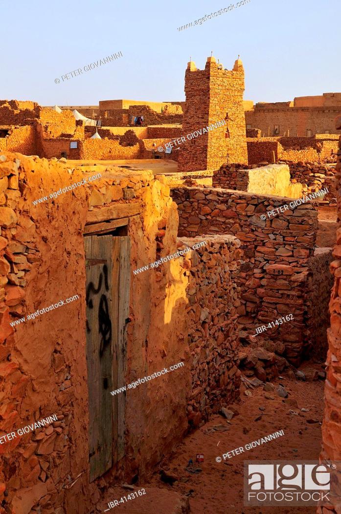 Stock Photo: Minaret of the mosque in the historic centre, UNESCO World Heritage Site, Chinguetti, Adrar Region, Mauritania.