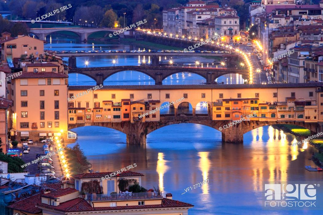 Stock Photo: Europe, Italy, Tuscany. Ponte Vecchio in the center of Florence by night.