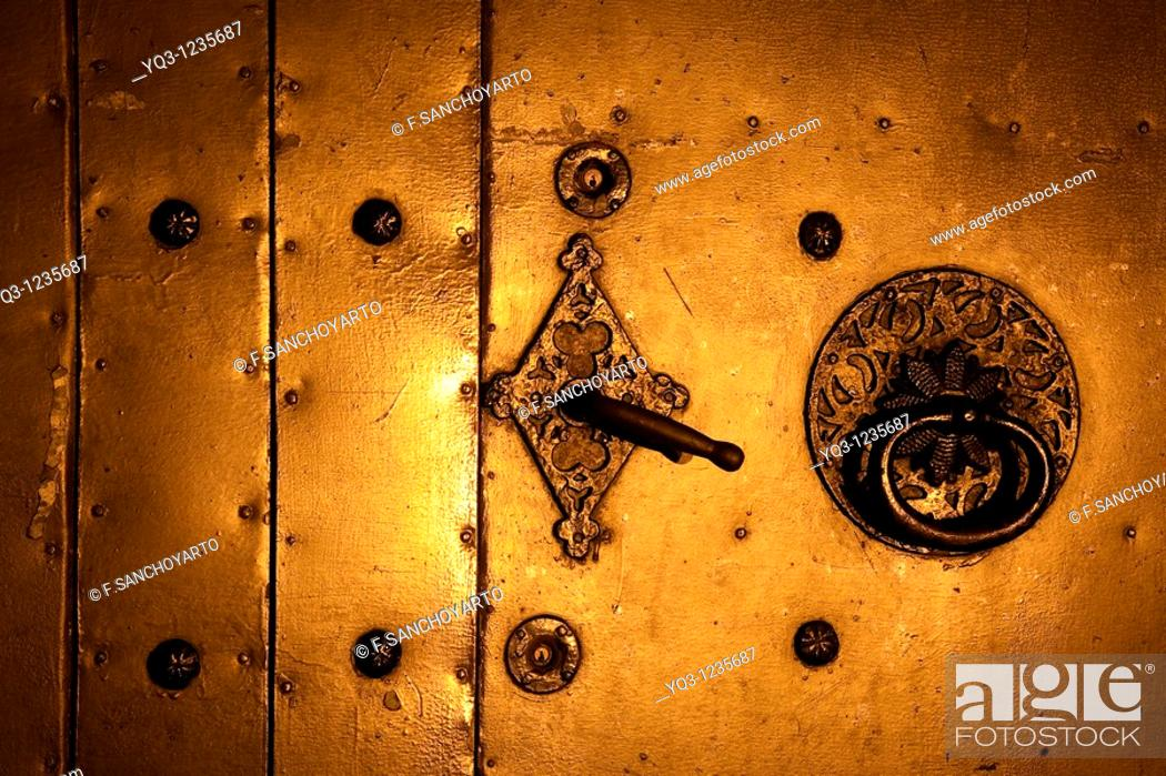 Stock Photo: Door, Church of Santa Maria, Castro Urdiales, Cantabria.