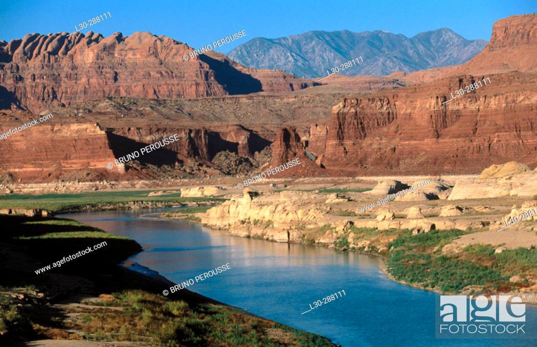 Stock Photo: Glen Canyon and Colorado River. Utah, USA.