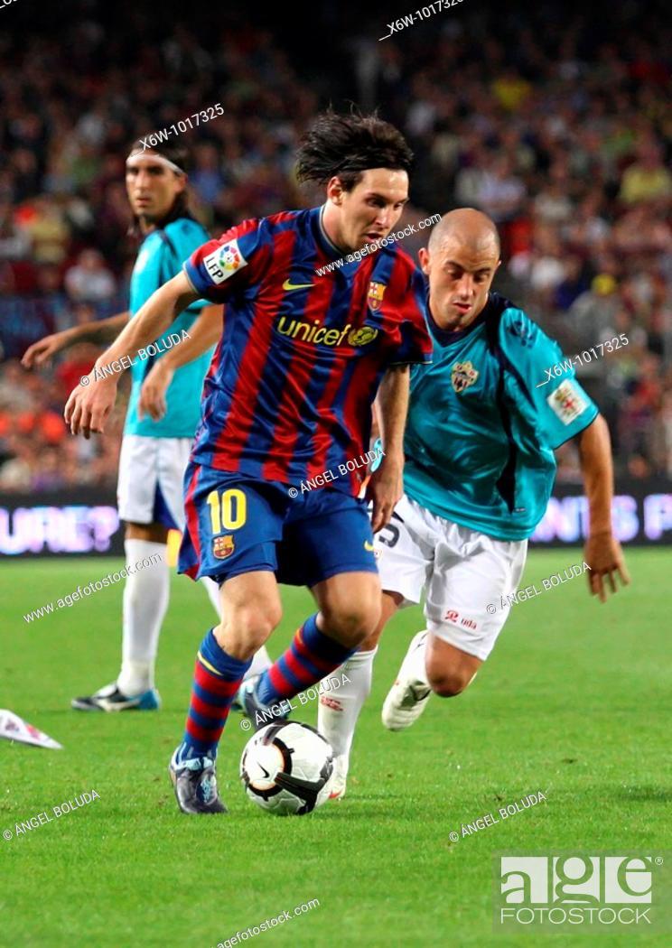 Stock Photo: Barcelona, Camp Nou Stadium, 03/10/2009, Spanish League, FC Barcelona vs. UD Almería, Leo Messi.