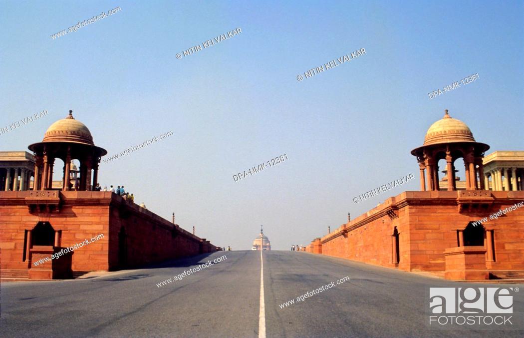 Stock Photo: View of Rashtrapati Bhavan from Rajpath , New Delhi , India.