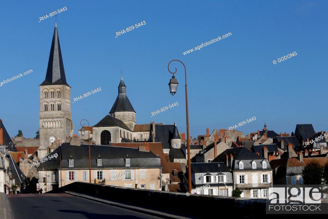 Stock Photo: Notre-Dame Church, La Charite-sur-Loire, Nievre, Burgundy, France, Europe.