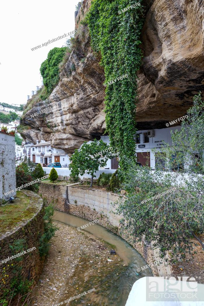 Stock Photo: Setenil de las Bodegas, Málaga, Andalucía, Spain, Europe.
