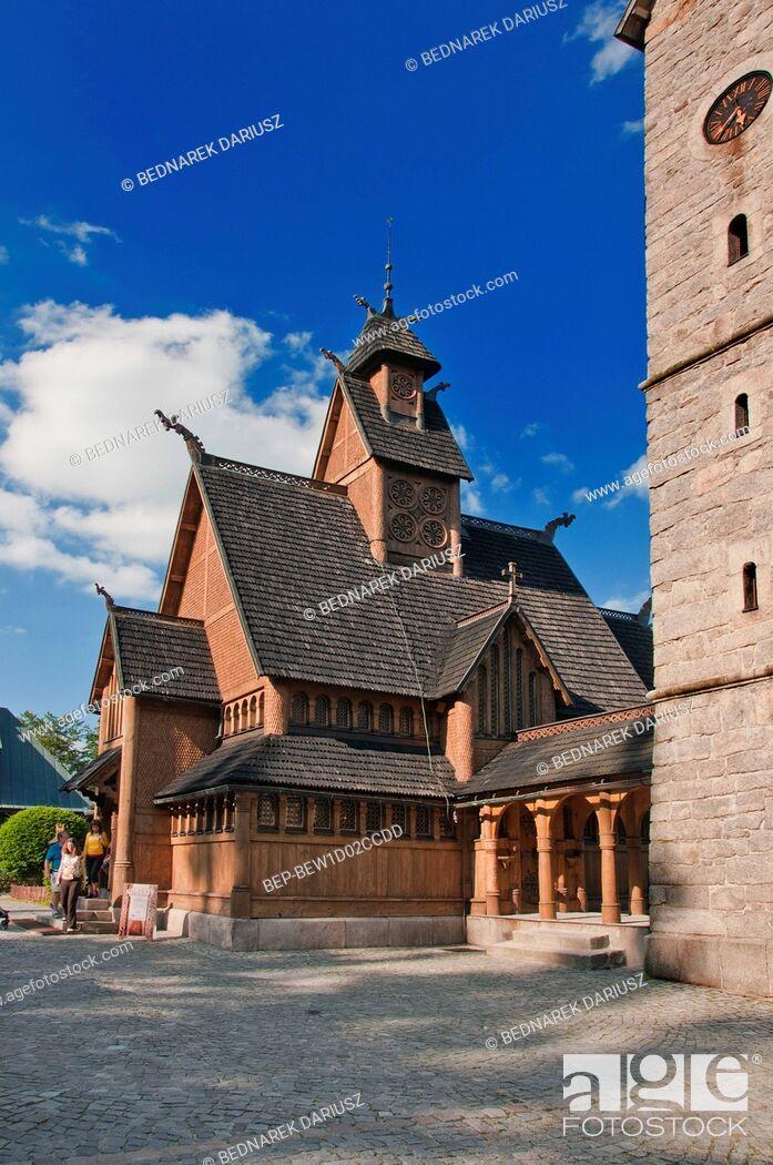 Imagen: Vang stave church, Karpacz, Lower Silesian Voivodeship, Poland.
