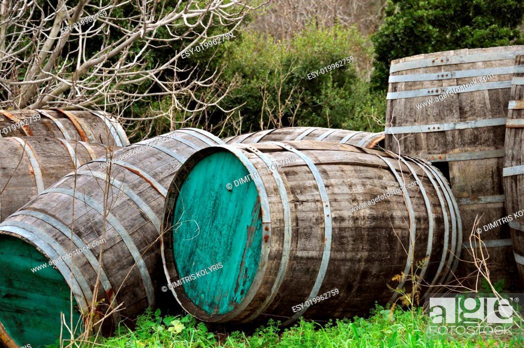 Stock Photo: wooden barrels.