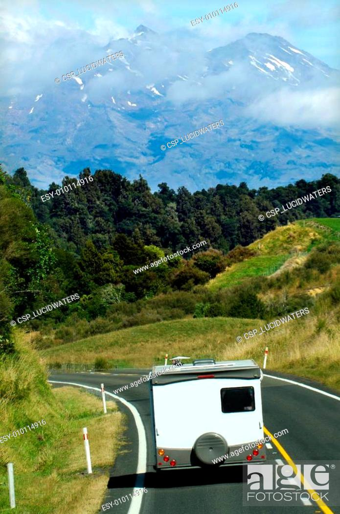Imagen: Auto-camper on the move.