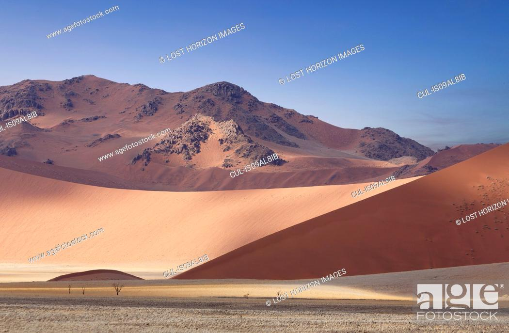 Stock Photo: View of giant sand dunes, Sossusvlei National Park, Namibia.