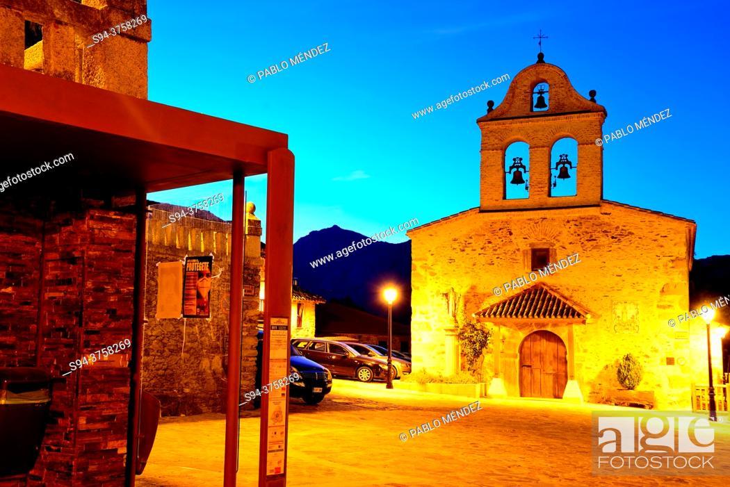 Stock Photo: Church of San Miguel Archangel, La Hiruela, Madrid, Spain.