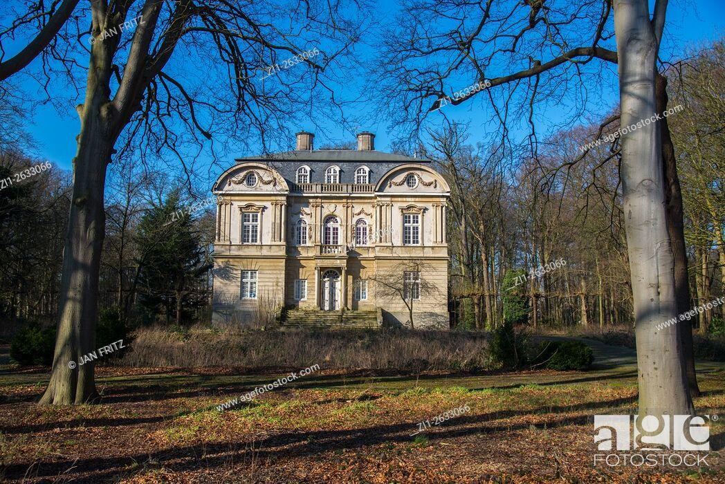 Stock Photo: Historic mansion at Wassenaar Holland.