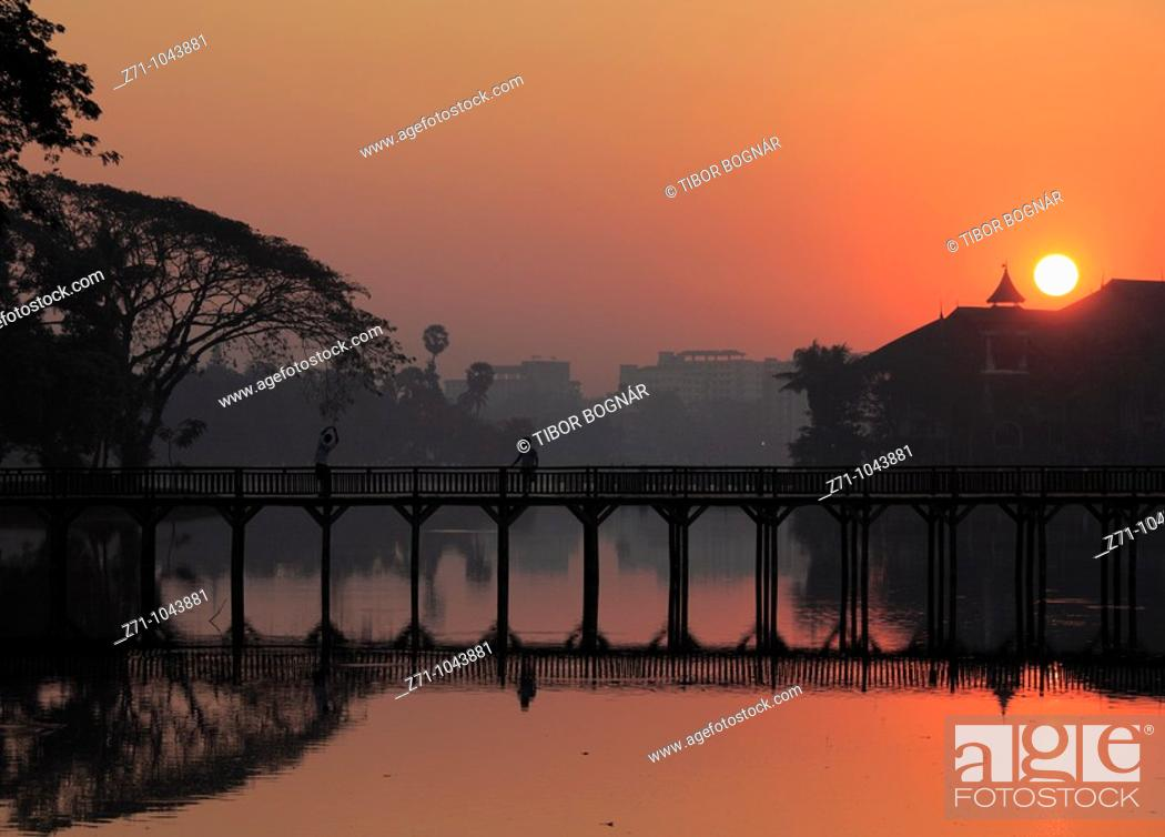 Stock Photo: Myanmar, Burma, Yangon, Rangoon, Kandawgyi Lake.