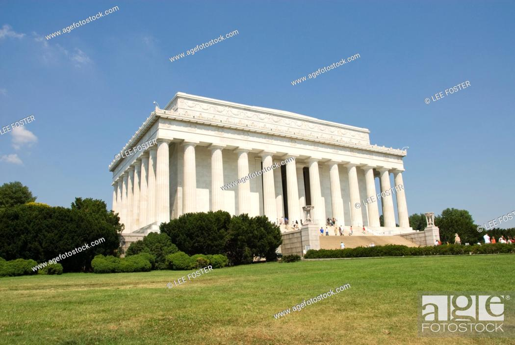 Stock Photo: Washington DC, USA, the Lincoln Memorial, a monument to President Abraham Lincoln, on the National Mall.