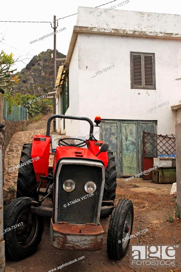 Stock Photo: Tractor and farmhouse, Tenerife, Canary Islands, Spain.