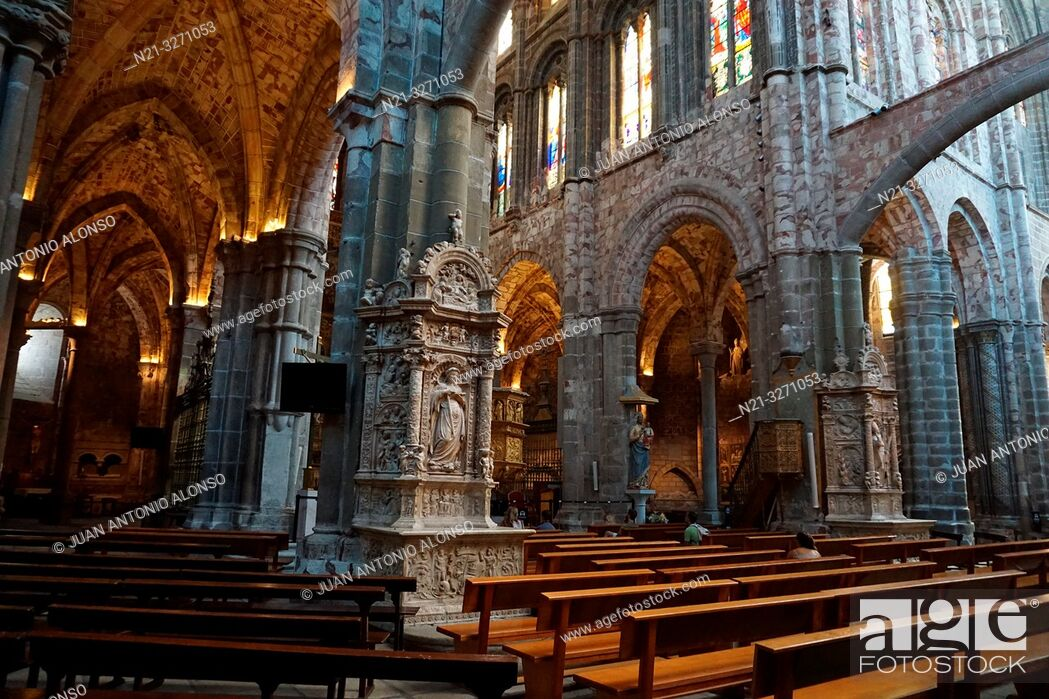 Stock Photo: Cathedral of Christ the Saviour transept. Central nave. Avila, Castilla-Leon, Spain, Europe.