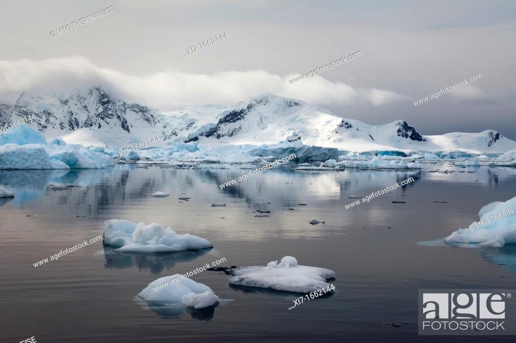 Imagen: Bahia Paraiso Paradise Bay, Antarctic Peninsula.