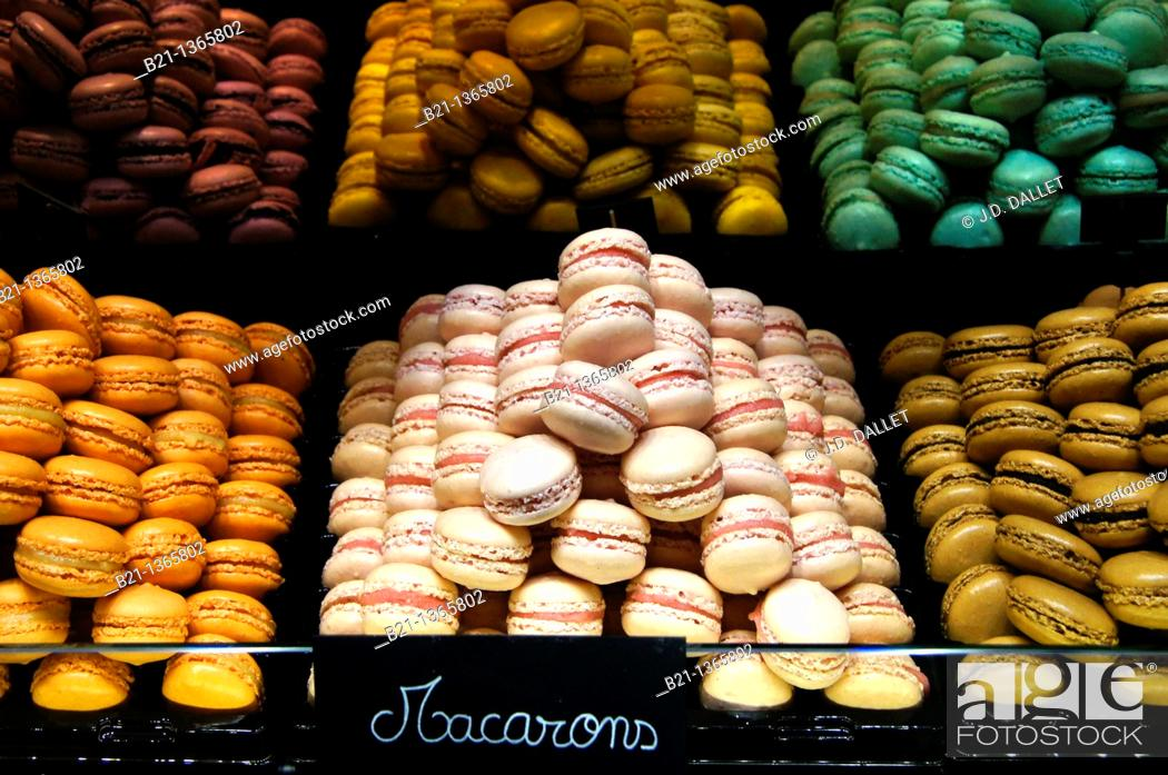 Stock Photo: 'Macarons' small cakes speciality of Bordeaux, Gironde, Aquitaine, France.