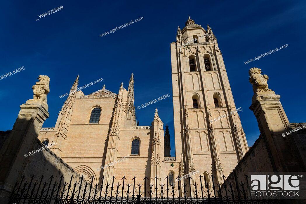 Stock Photo: Segovia Cathedral, Segovia, Castilla y Leon, Spain.