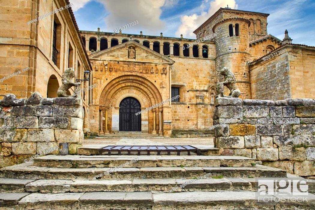 Imagen: Santa Juliana collegiate church, Santillana del Mar, Cantabria, Spain, Europe.