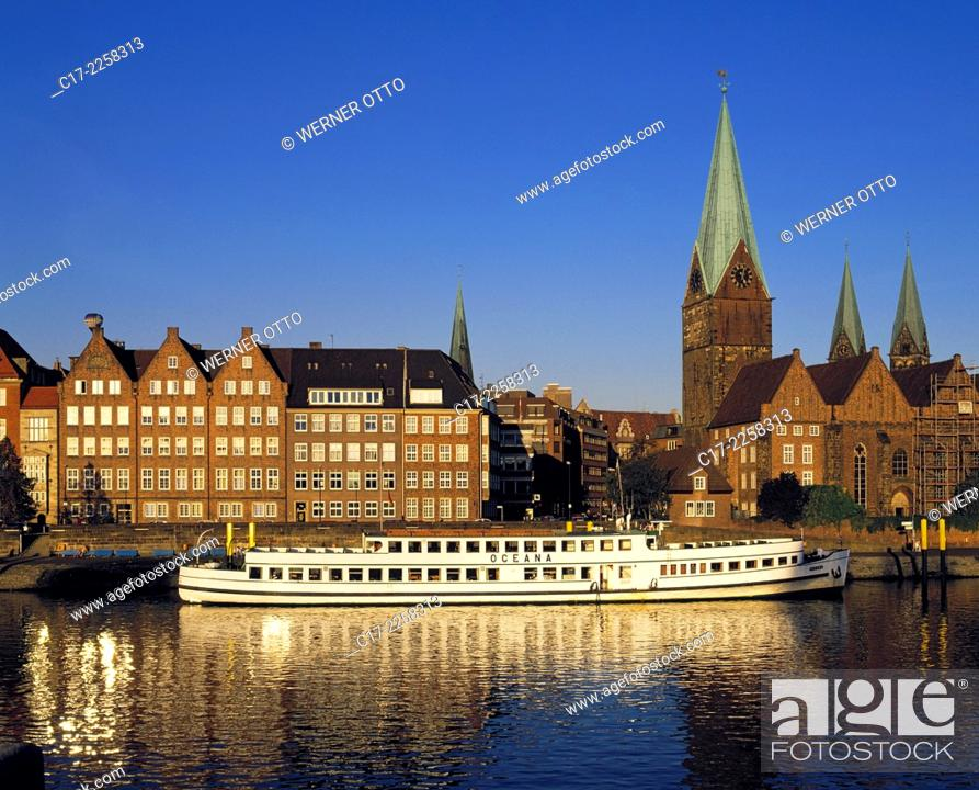 Stock Photo: Germany, Bremen, Weser, Freie Hansestadt Bremen, Weser riverbank, promenade, old town, evening, sunset, church towers, evangelic parish church Unsere Lieben.