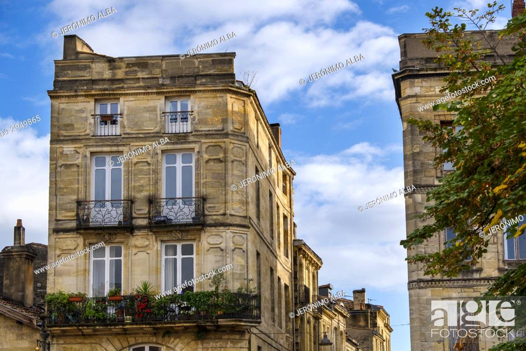 Stock Photo: Building in the historic center, Bordeaux. Aquitaine Region, Gironde Department. France Europe.