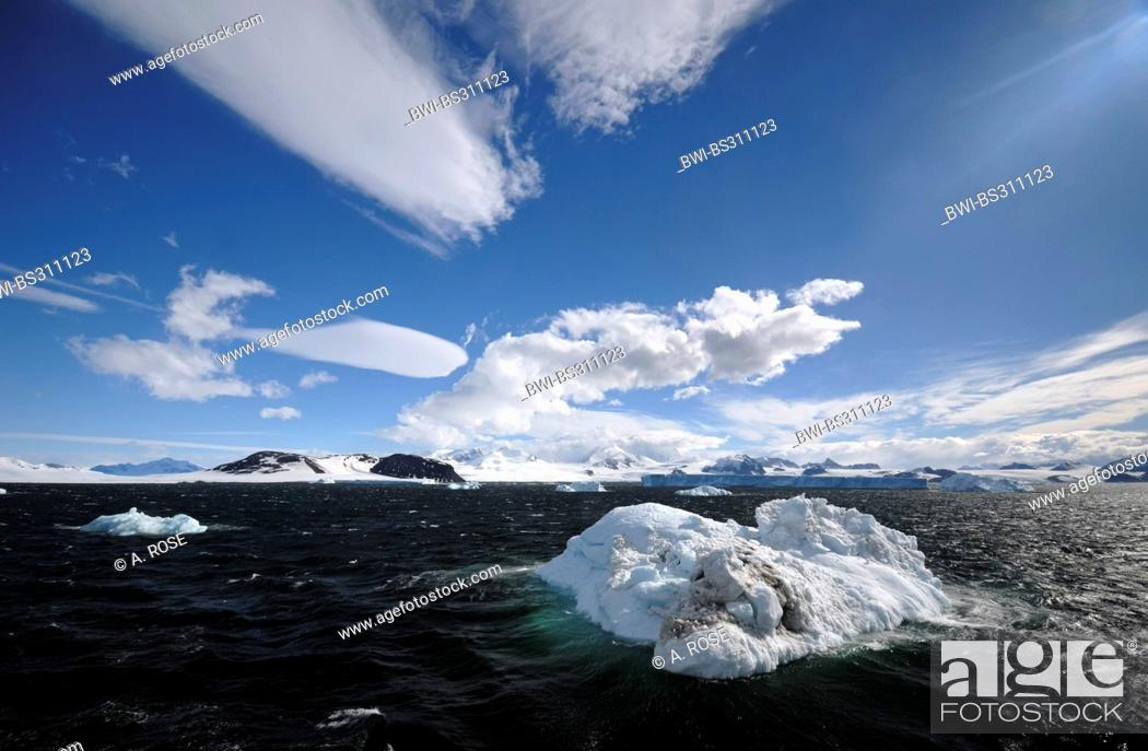 Stock Photo: panoramic view over the Weddell Sea at the peninsula coast in the 'Larsen A' area, Antarctica.