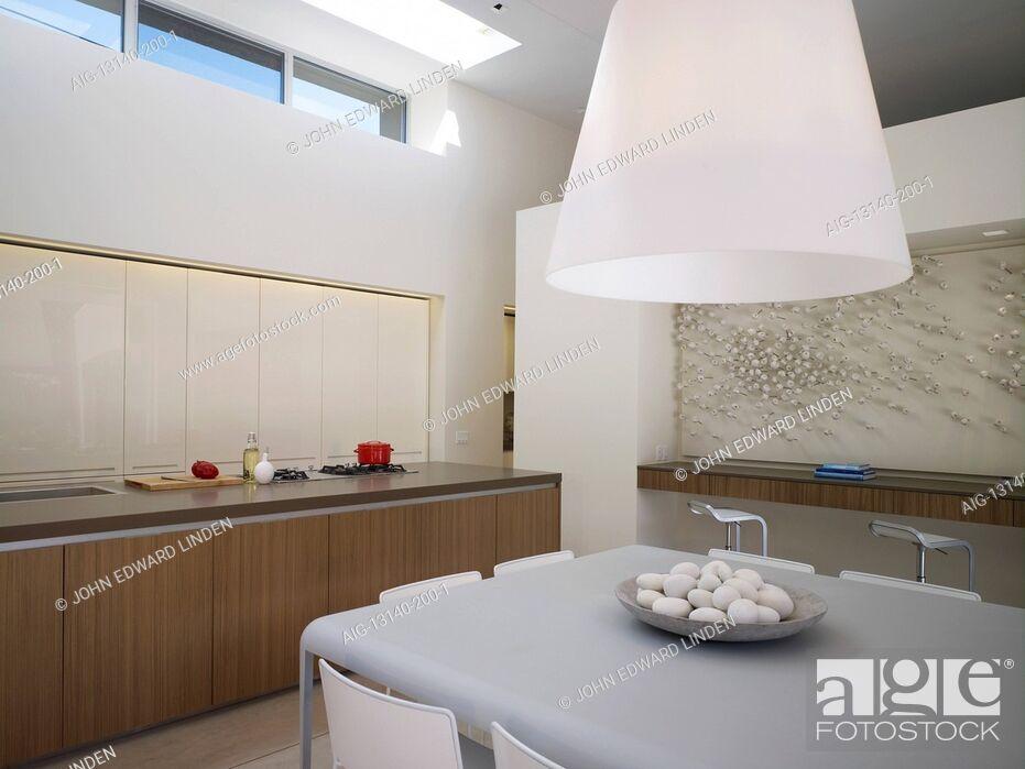 Stock Photo: Open plan kitchen in Menlo Park Residence, USA.