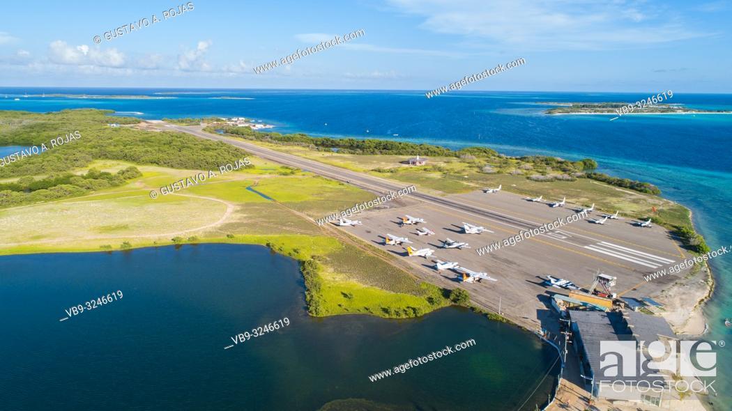 Stock Photo: los roques gran roque airport.