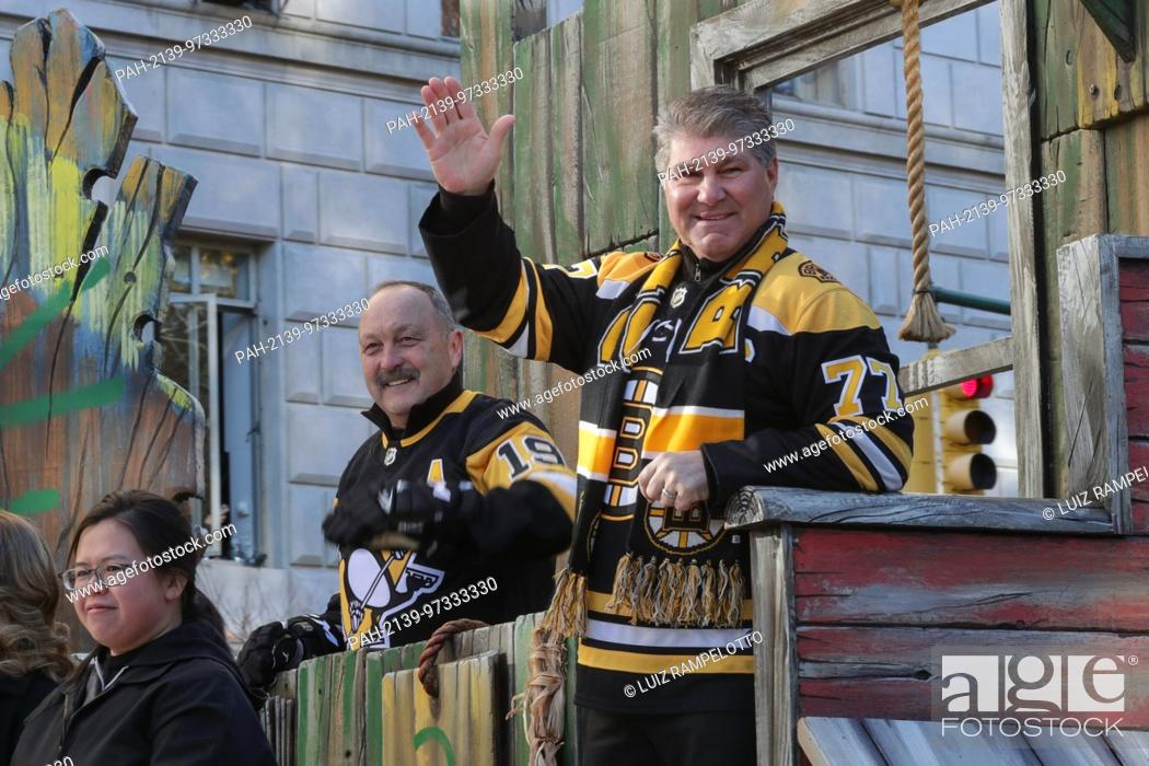 Stock Photo: Central Park West, New York, USA, November 23 2017 - Brian Trottier and Ray Bourque attends the 91st Annual Macy's Thanksgiving Day Parade today in New York.