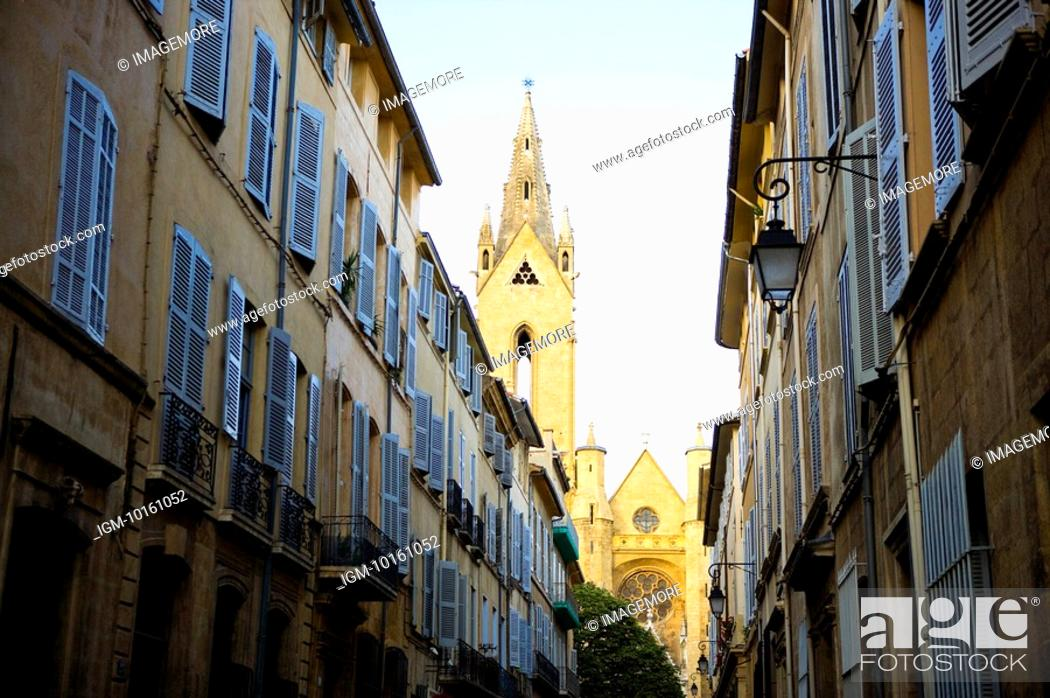 Stock Photo: City View in Aix-en-Provence, Provence-Alpes-Cote d'Azur, France.