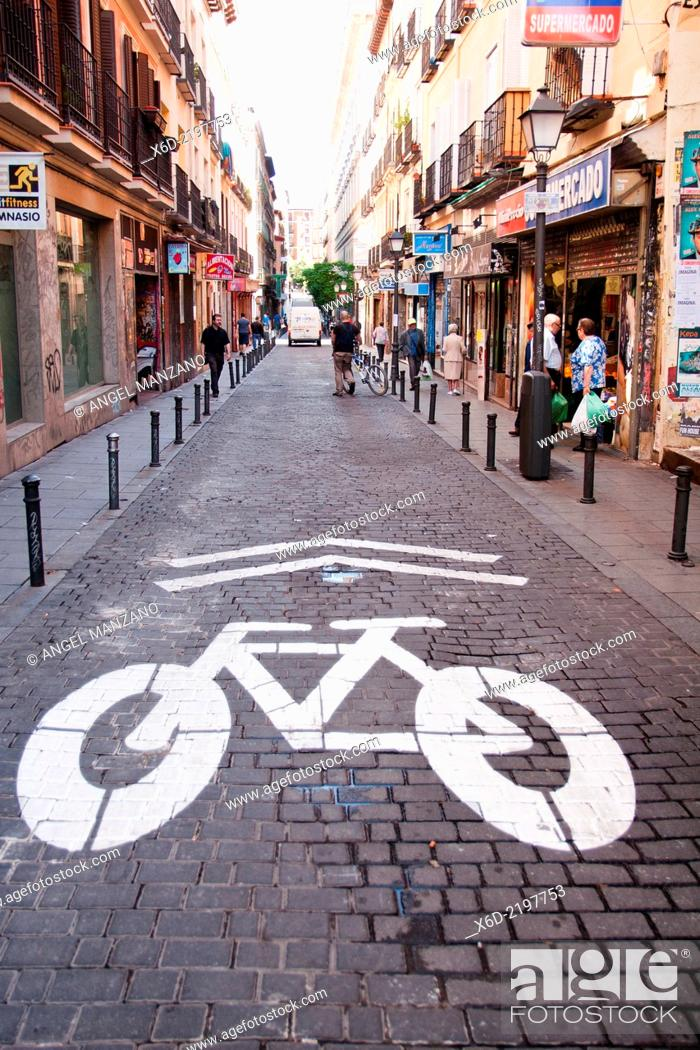 Stock Photo: Bike trail sign, Malasaña.