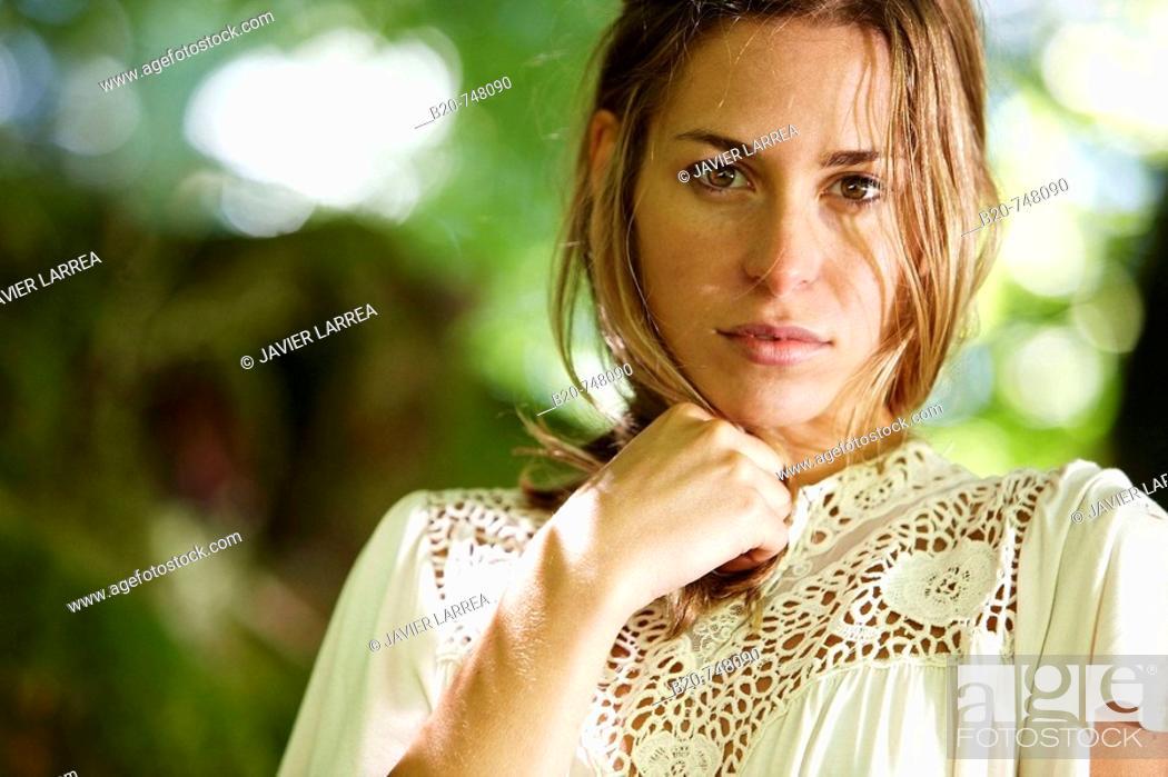Stock Photo: 25 year old woman. Belate, Baztan, Navarra.