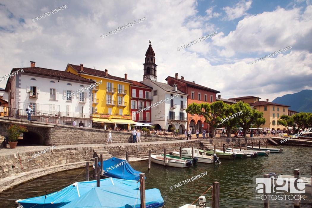 Stock Photo: Switzerland, Ticino, Lake Maggiore, Ascona, Piazza Motta, lakefront.