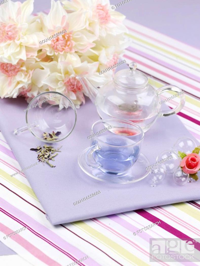 Stock Photo: food styling, glass pot, flower, table mat, tablecloth, decoration, glass cup.