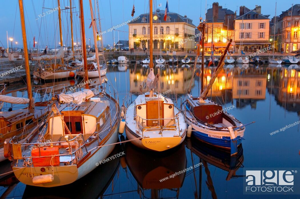 Stock Photo: night harbour scene with lights of yaughts and harbour restaurants  Honfleur, Normandy, France.