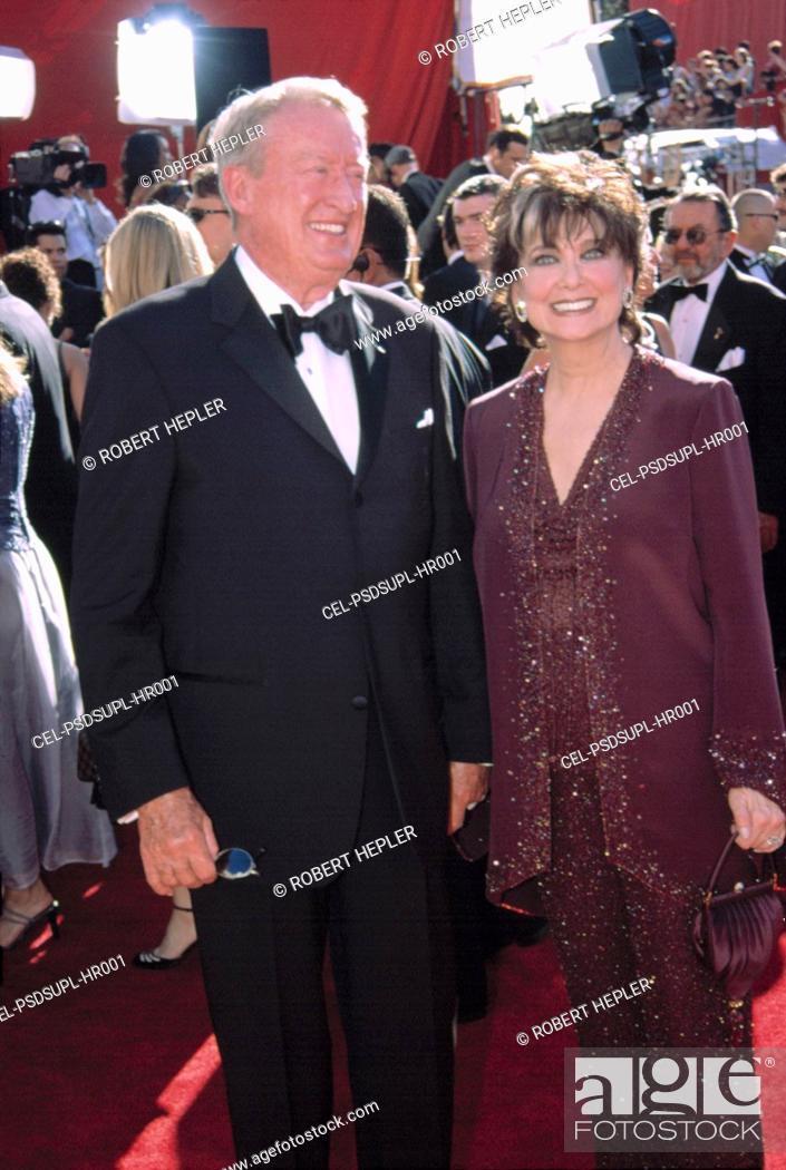 Suzanne Pleshette And Tom Poston At The EMMY AWARDS 9 22 2002 LA