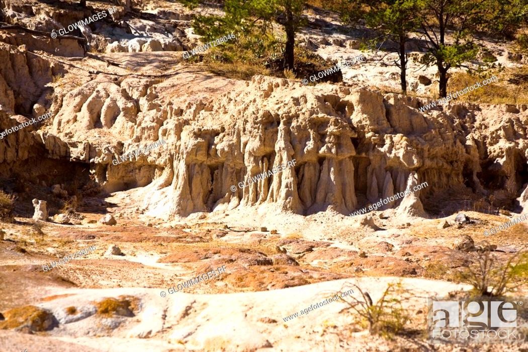 Stock Photo: Rock formations on a landscape, Sierra De Organos, Sombrerete, Zacatecas State, Mexico.