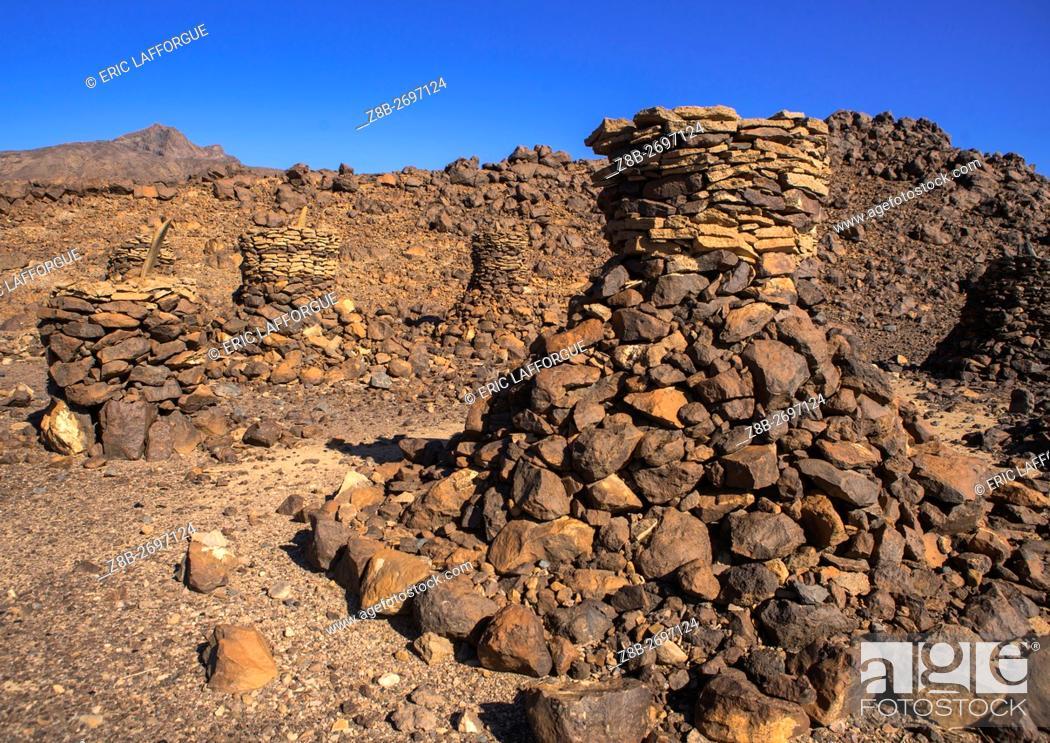 Stock Photo: Ethiopia, Afar Region, Semera, old afar tribe grave in the danakil desert.