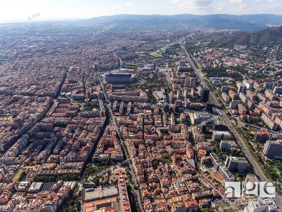 Imagen: Les Corts quarter and Nou Camp Football Stadium, Barcelona.