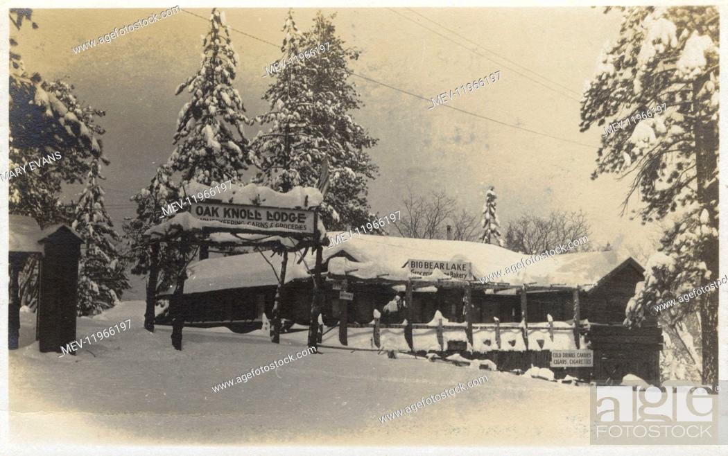 Oak Knoll Lodge Big Bear Lake California Usa In The Snow Stock