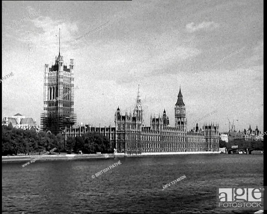 Stock Photo: A View Taken From Lambeth of the Palace of Westminster, the Houses of Parliament, and the Elizabeth Tower Containing Big Ben Alongside the River Thames - London.