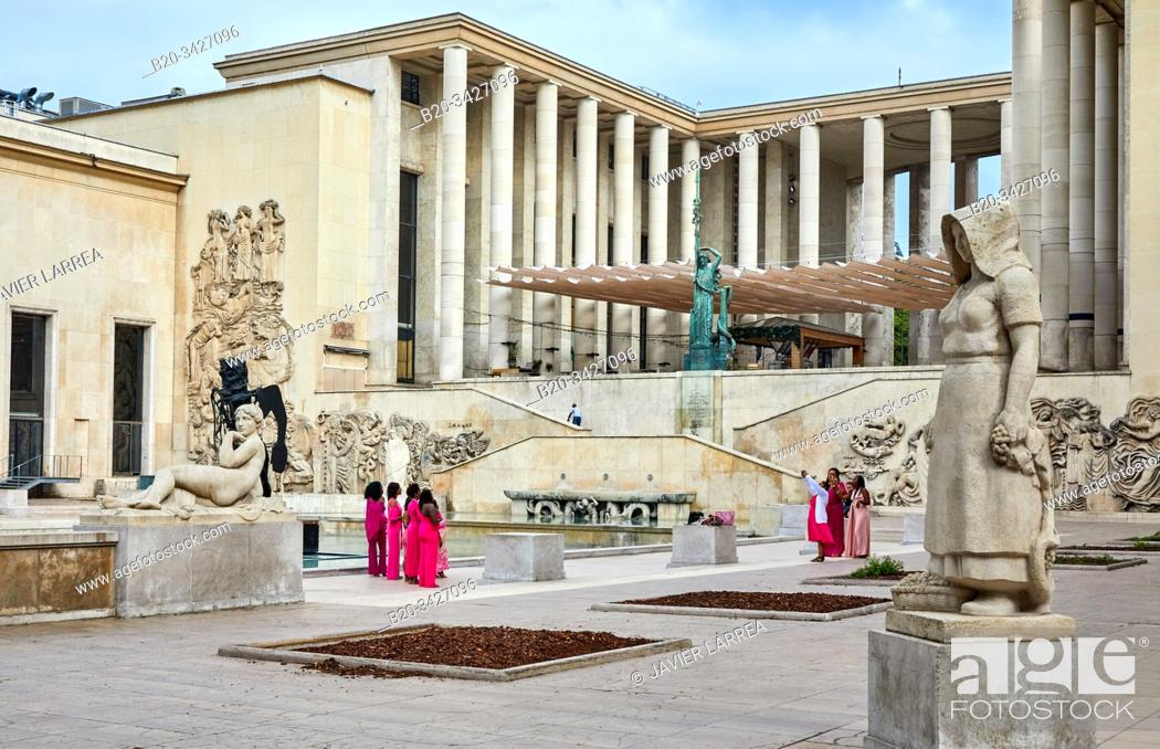 Stock Photo: MAM, City of Paris Museum of Modern Art, Musée d'Art Moderne de la Ville de Paris, France.