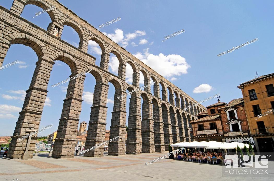 Imagen: Roman aqueduct, UNESCO World Heritage Site, Segovia, Castile and León, Spain, Europe, PublicGround.