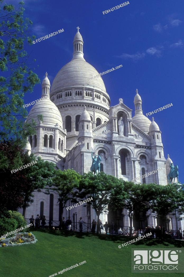 Stock Photo: Paris, France, Sacre Coeur, Europe, Montmartre, The elaborate 19th-century Basilique du Sacre Coeur stands majestically on the hill of Montmartre in Paris.
