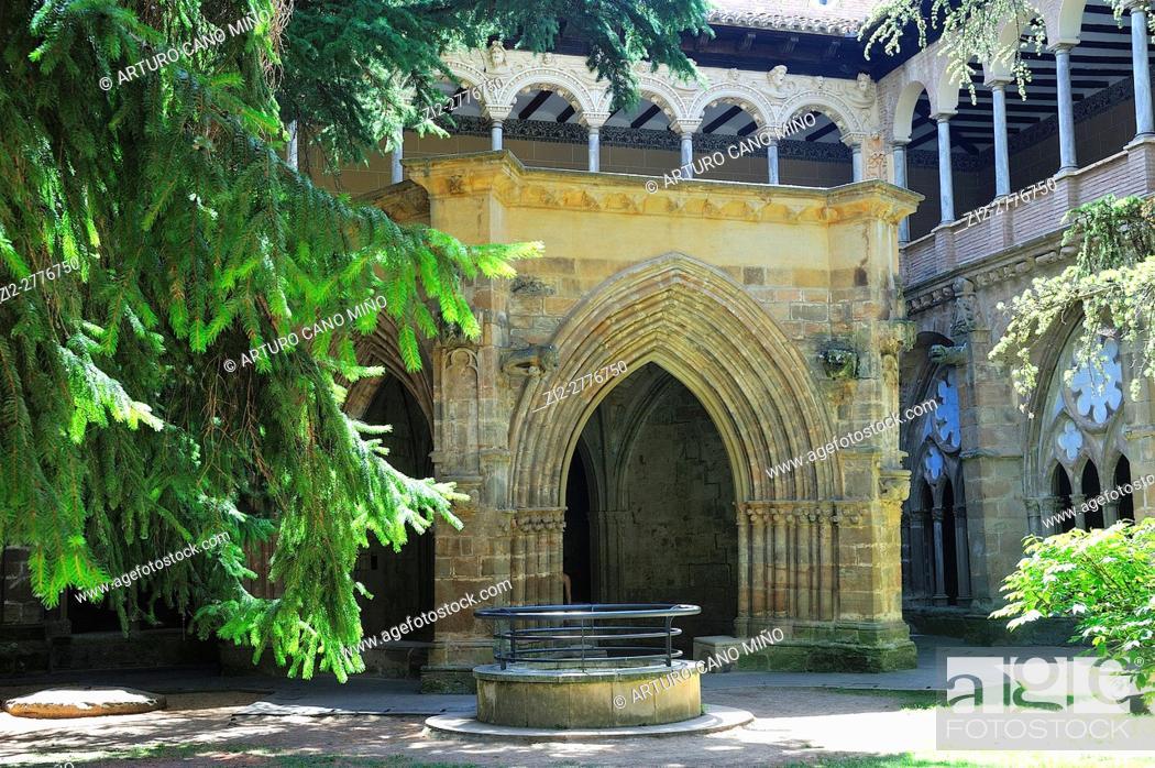 Stock Photo: The Cistercian Veruela Abbey, XIIth century.The cloister. Saragossa province, Spain.