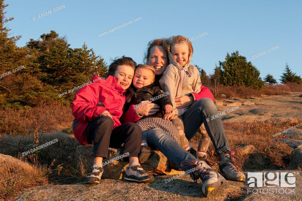 Stock Photo: Family on vacation, portrait.
