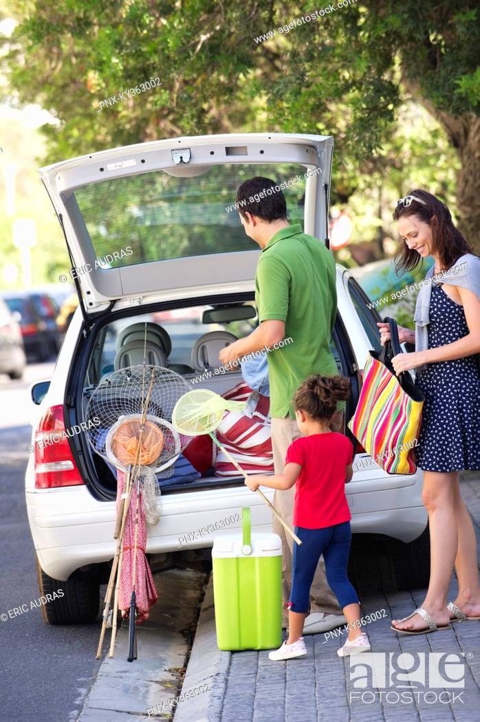 Stock Photo: Family going on vacations.
