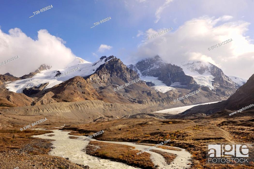 Stock Photo: Mount Athabasca and the Athabasca Glacier in the Columbia Icefield  Jasper National Park, Rocky Mountains, Alberta, Canada.